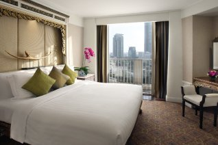 Buy one night get one FREE at Dusit Thani Bangkok